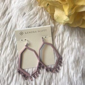 NWT Kendra Scott Drop Earrings in Matte Lilac